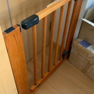 【交渉中】木製ゲイト ベビーゲイト (2セット )