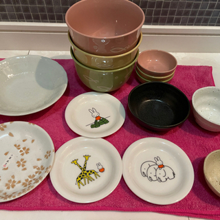 ※お相手が決まりました※ミッフィーちゃん 小皿 どんぶり 小鉢 和食器 未使用品 セット 300円の画像