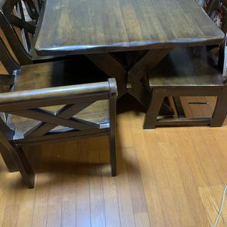 ダイニングテーブル、椅子3セット