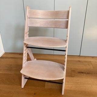 【無料】子供用椅子。引き取りにいつでもokです!