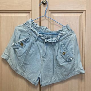 ✿マークの服5枚で100円引き♡ジーンズ素材 短パン Mサ…