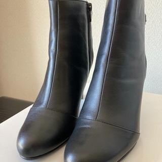 【ネット決済】【未使用・新品】黒のブーツ 22cm