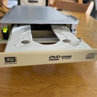 DVDドライブ DVR-UM16G