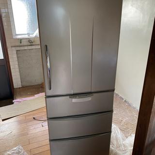 サンヨーの冷蔵庫、355リットル、冷蔵、冷凍冷えてます