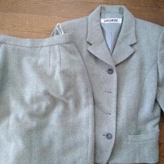 【ネット決済】グリーンのスーツ