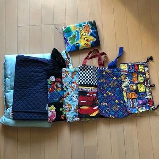 防災頭巾やバッグのセット