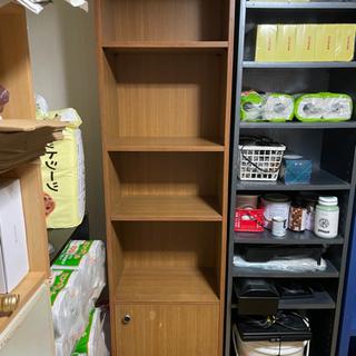 取引中★木製の戸棚付き本棚・カラーボックス