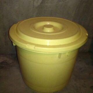 漬物樽 白 大型 樹脂製