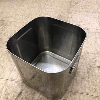 業務用 四角い容器