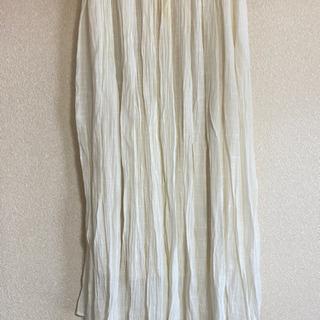 白のスカート Mサイズ