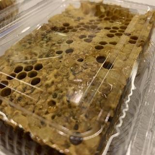 ニホンミツバチの巣蜜(コムハニー)