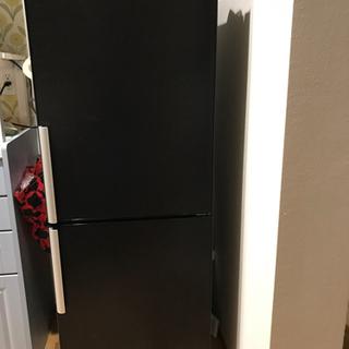 冷蔵庫 スタイリッシュな黒 サンヨー製