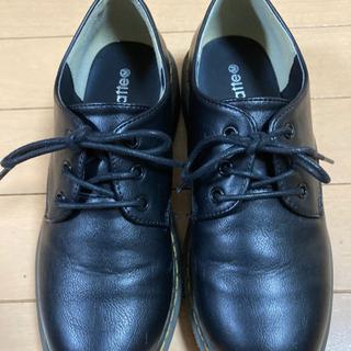 女の子 ピンクラテ 靴 黒色