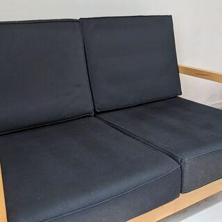 イケア 奥行の広いソファ