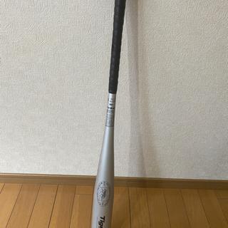 金属バット レボルタイガー 83cm
