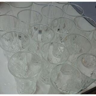 グラス  18個