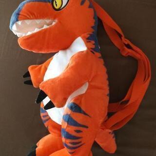 恐竜ぬいぐるみリュック