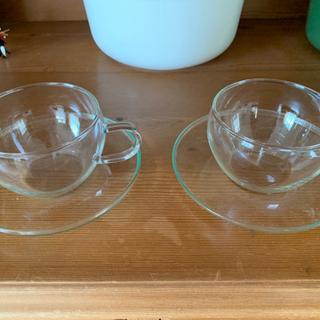 ガラスのカップ&ソーサー ペアセット