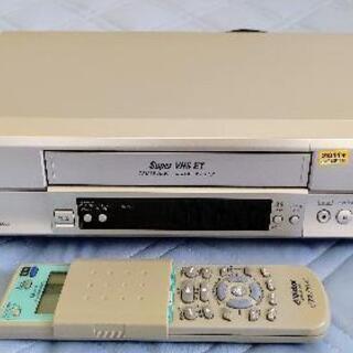【差し上げます】Victor JVC S-VHSビデオデッ…