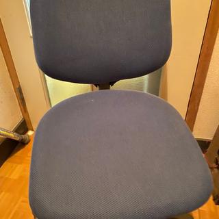 【ネット決済・配送可】オフィスにあるような椅子【都内どこでも配送】