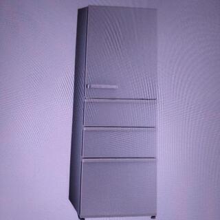 アクアの4ドア冷蔵庫の画像