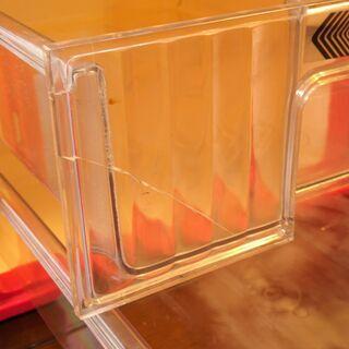 プラスチック製卓上小引き出し(三段) 二個組さしあげます - 家具
