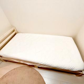シングルベッドフレーム+ポケットコイルマットレス(ニトリ)