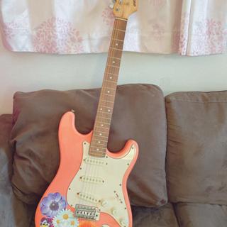お花柄のエレキギター