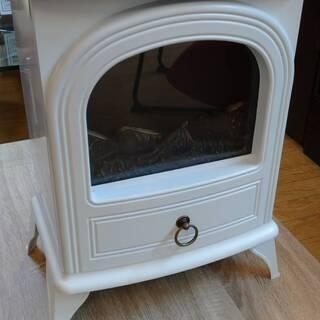【中古品】暖炉型ファンヒーター スリーアップ