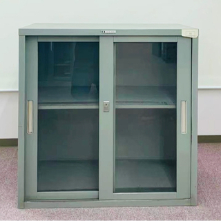 【ネット決済】引戸ガラススチール書庫 幅880×奥行515×高さ...