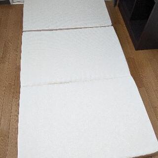【定価17万円相当】西川高級マットレス【引き取り可能な方のみ】 - 家具