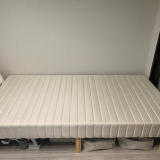脚付きシングルベッド、汚れあり