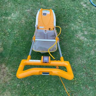 お取引き中!RYOBI電子芝刈り機 リール式 刈込幅230mm - 下松市