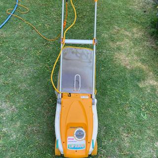 お取引き中!RYOBI電子芝刈り機 リール式 刈込幅230mmの画像