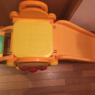 アンパンマン滑り台
