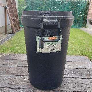 ラバーメイドRubbermaid ゴミ箱 アメリカンサイズ