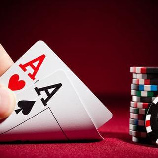 ポーカーで遊びたい人募集!初心者の方も教えます!