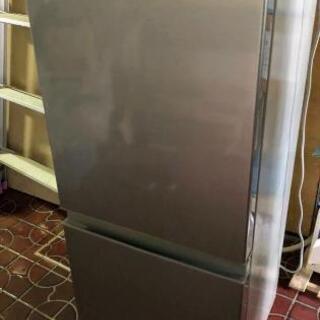 【ネット決済】【取引中】更に値下げ 冷蔵庫 今年購入 ほとんど使...