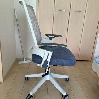 パソコン椅子