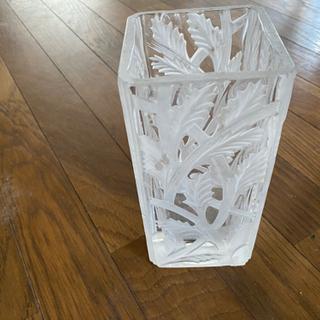 角形 ガラス花瓶