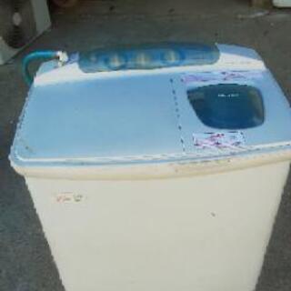 二槽式洗濯機売ります。