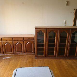 二段食器棚