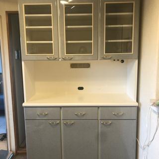 【決まりました】食器棚 キッチンボード