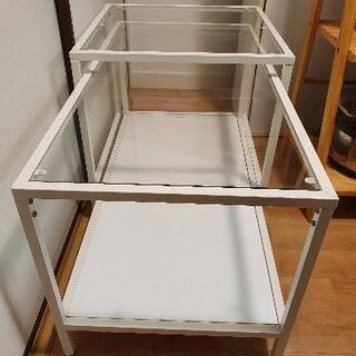 IKEAのグラステーブル