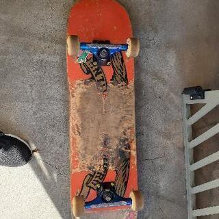 スケートボード 中古傷あり − 大阪府
