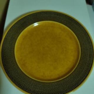 IRONSTONEの大皿4枚セット(500円)