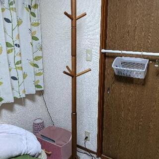 【ネット決済】ハンガーラックと収納付き椅子