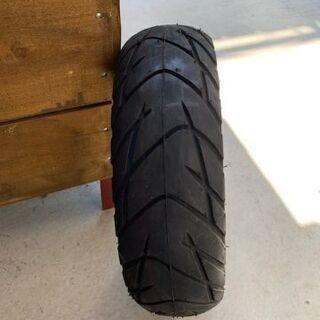 アクシスの新品タイヤ 1本