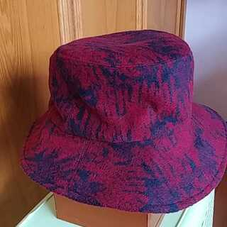 暖か~い😃手作り帽子「世界に一つ」