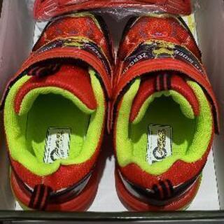 仮面ライダーゼロワン 光る靴